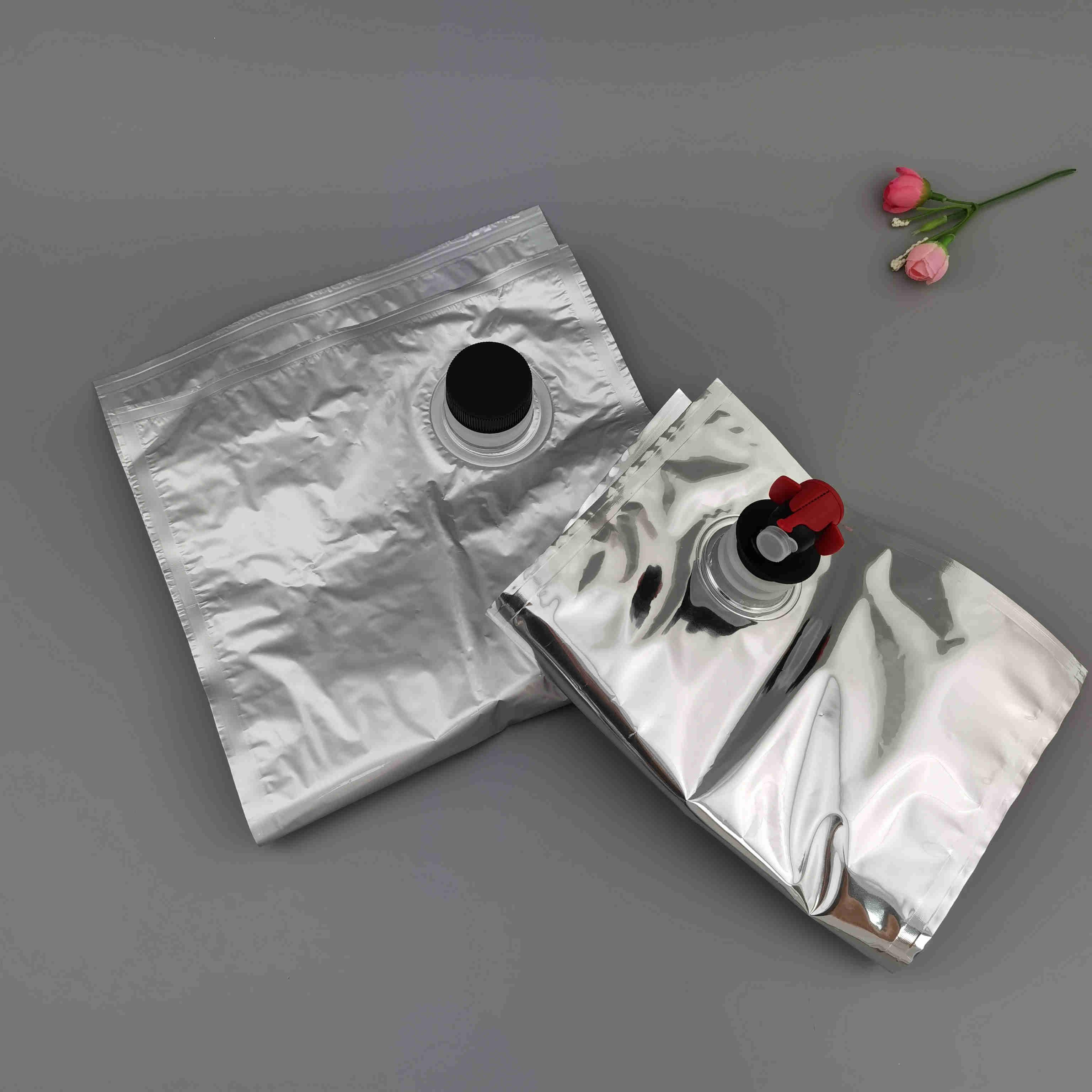 大量供应3L5升涂料/木蜡油液体桶包装内袋涂料胶水旋盖镀铝盒中袋